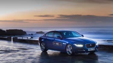 Jaguar XE 2.0D
