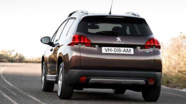 Peugeot 2008 1.6 VTi rear cornering