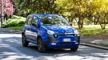 Fiat Panda Waze action