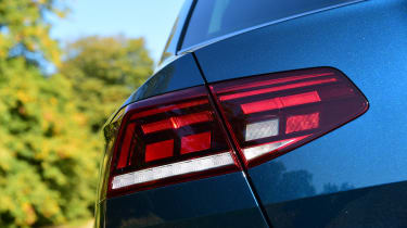 Volkswagen Passat - rear light