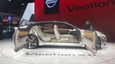 Nissan Vmotion 2.0 concept - Detroit doors open