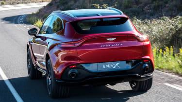 Aston Martin DBX - rear tracking