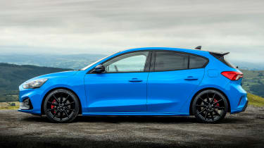 Ford Focus ST Edition - side static