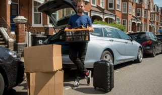 Vauxhall Insignia Sports Tourer - loading