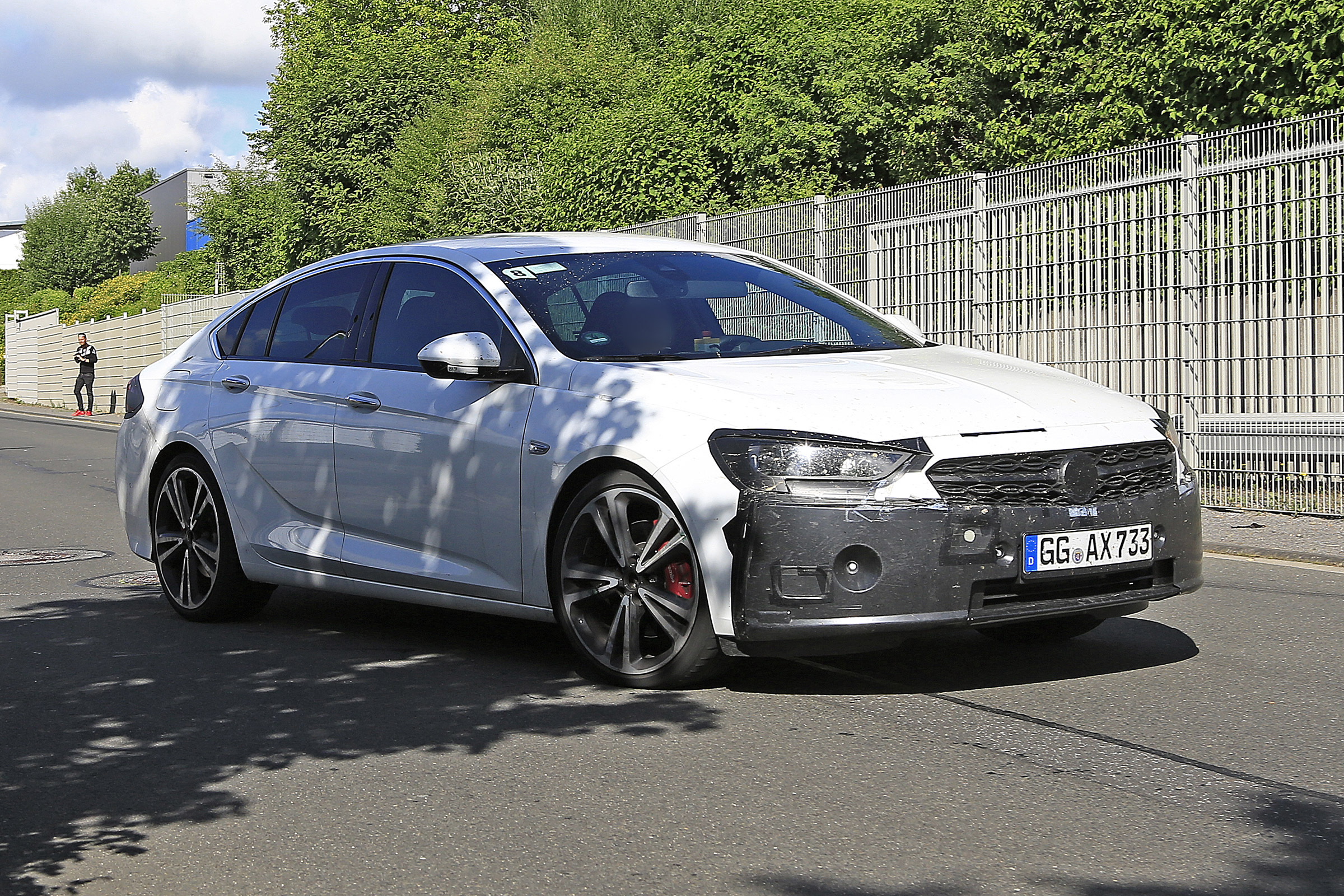New 2020 Vauxhall Insignia facelift spotted testing | Auto ...