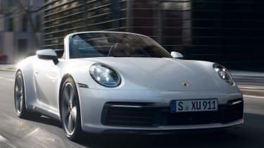 Porsche 911 Carrera 4 Cabriolet - front tracking