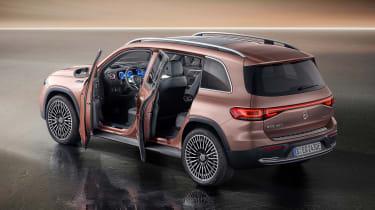 Mercedes EQB - door open