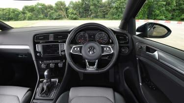 Audi A3 vs Volvo V40 vs Volkswagen Golf -
