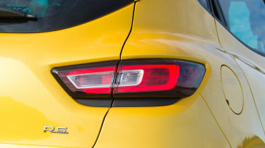 Renault Clio RS 220 Trophy - rear light detail