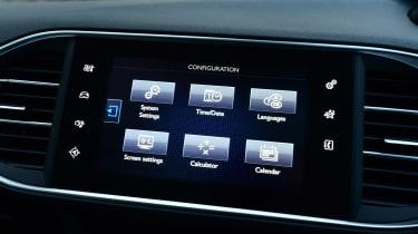 Peugeot 308 SW - infotainment