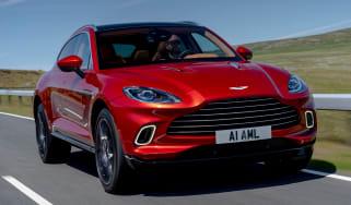 Aston Martin DBX - front