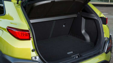 Hyundai Kona Premium SE 2017 - boot space