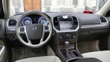 Chrysler 300C dash