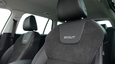 Skoda Octavia Scout review - front seats