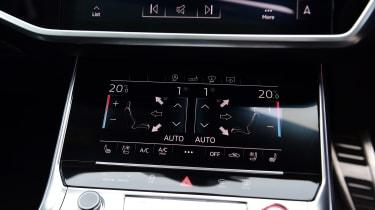Audi RS 6 - centre console