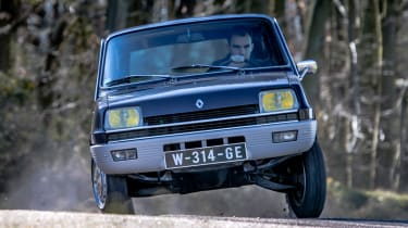 Renault 5 front