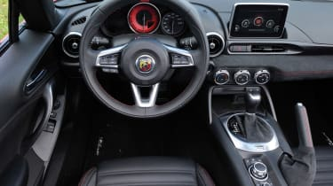 Abarth 124 GT - dash