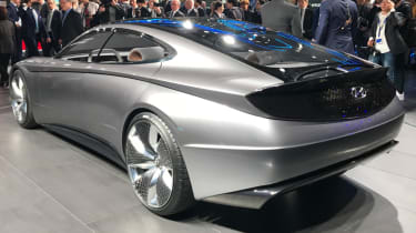 Hyundai Le Fil concept rear quarter