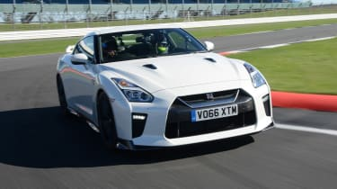 Nissan GT-R - track front
