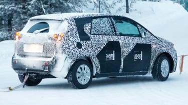 Opel Meriva 2017 side rear