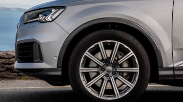 Audi Q7 - wheel