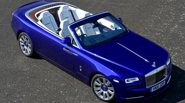Convertible megatest - Rolls-Royce Dawn - above front