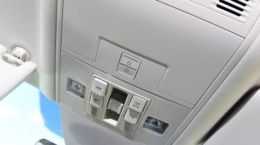 Volkswagen Passat GTE - buttons