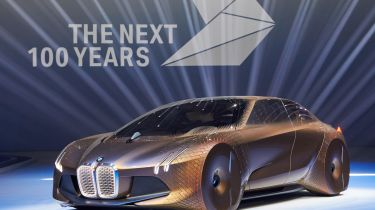 BMW Vision Next 100 front quarter