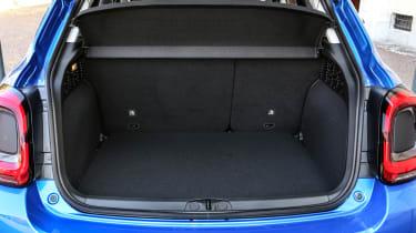 Fiat 500X - boot