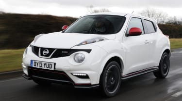 Nissan Juke Nismo front tracking