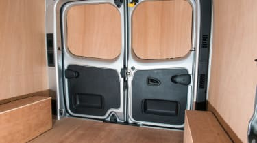 Ply lined interior