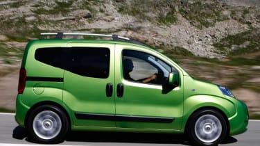 Fiat Qubo profile