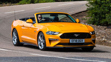 Ford Mustang Convertible - front