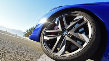 """<p class=""""p1"""">In hybrid mode the car feels a bit like it's powered by an atmospheric 3.0-litre V6, with zero lag and a slightly clumsy shifting <span class=""""s1"""">six-speed</span> auto gearbox.</p>"""