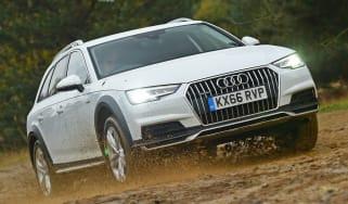 Audi A4 Allroad UK 2016 - offroad