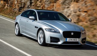 Jaguar XF 2.0d 2016 - front tracking