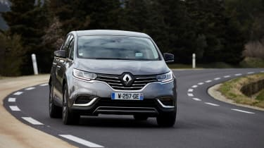 Renault Espace - driving