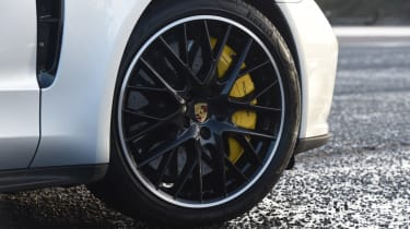 Porsche Panamera Sport Turismo alloy wheel