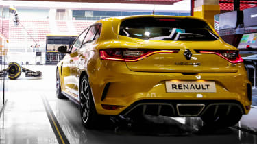 Renault Megane RS Trophy - full rear