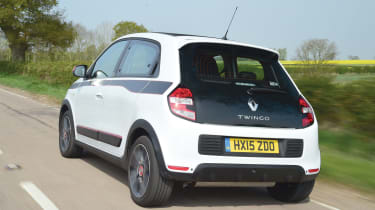 Renault Twingo - rear tracking