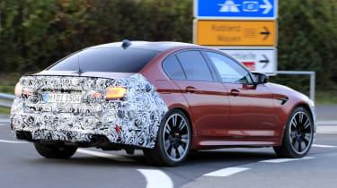 BMW M5 facelift - spyshot 7