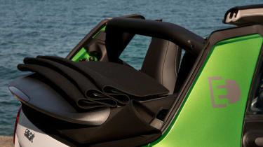 Smart ForTwo Electric Drive Cabrio - roof