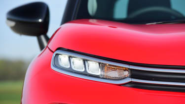 Citroen C3 Aircross - front light