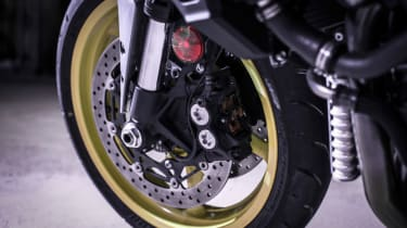Yamaha MT-10 review - front wheel