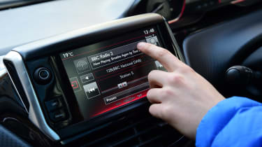 Peugeot 2008 long term - final report infotainment