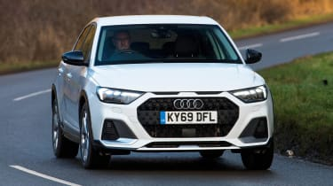 Audi A1 Citycarver - front cornering