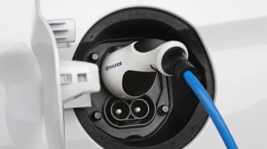 Hyundai Ioniq Electric - plugged-in