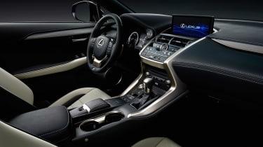 Lexus NX facelift 2017 dash