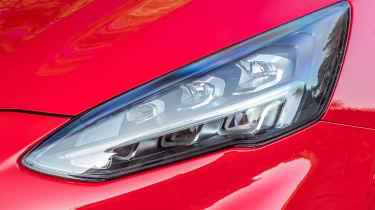 Ford Focus Estate - front light