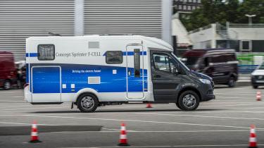2018 Mercedes Concept Sprinter F-CELL camper van side